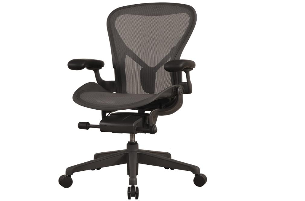 腰痛、肩こり改善!エンジニアにおすすめの椅子5選!